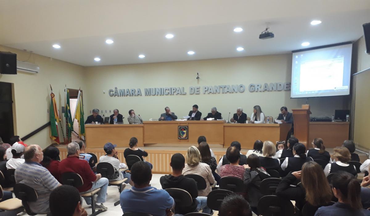 Sessão Ordinária de 25 de julho